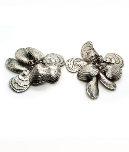 Vintage Napier silver plated clam shell earrings